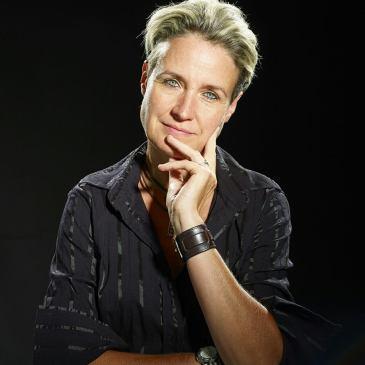 Sonja Delzongle