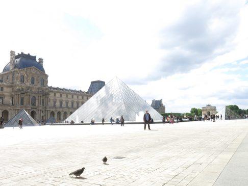 145. Louvre