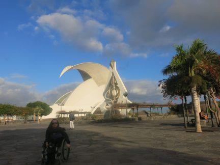 50. Operaen med Castillo de San Juan til høyre