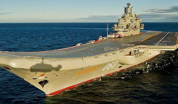 """Министр обороны Великобритании назвал авианосец """"Адмирал Кузнецов"""" корабле позора"""