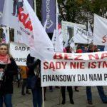 """REAKCJE POSŁÓW NADZIAŁANIA NSZZ """"Solidarność"""" Pracowników Sądownictwa. Protest trwa."""