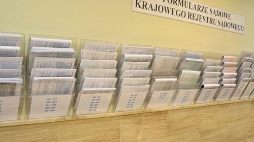 Wydziały Krajowego Rejestru Sądowego będą potrzebowały od1 stycznia nowych formularzy, arozporządzenia wciąż brak