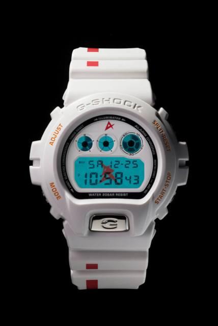 Edisi Terhad G-Shock DW-6900 Amuro Ray Model 1