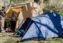 Le tende del mini campo