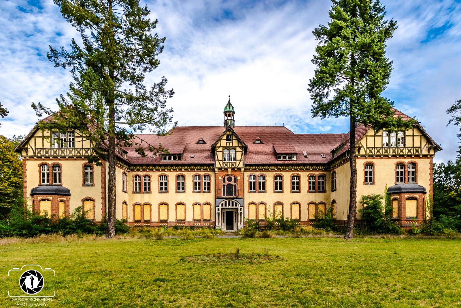 Lost Places - Beelitz Heilstätten Verwaltungshaus