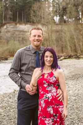 GSquared Weddings Photography owners Kate and Josh Gansneder husband and wife photography team serving Seattle, Snohomish, Montana and Arizona