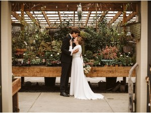 spring wedding at pine creek farm and nursery with scattered seeds flower farm in snohomish county wa
