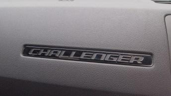 2012DodgeChallengerSXT-22