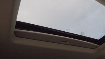 Ford Flex Limited - REview - Car - Auto - G Style magazine - interior - sunroof - moonroof open