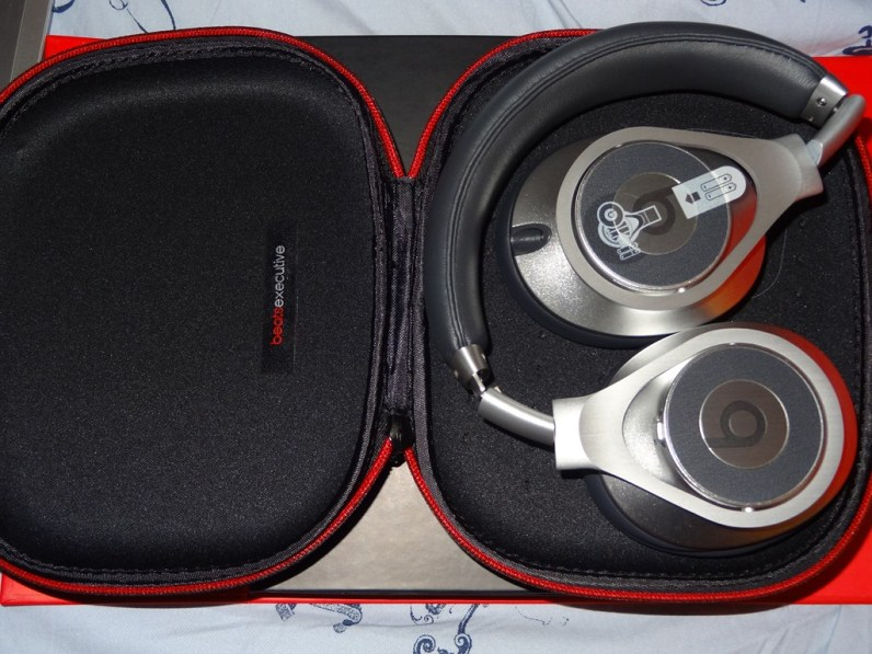 Beats by Dre - Executives - Headphones - Review - G Style Magazine - fold ear pieces in carry case
