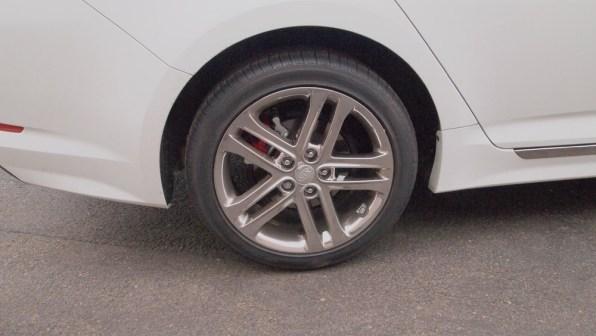 Kia Optima SXL – tires - rims - g style magazine