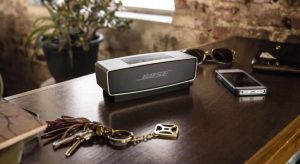 Bose SoundLink Mini Bluetooth Wireless Speaker Dresser -