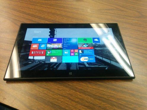 Lumia 2520 Black 4 Nokia Lumia 2520 : Windows 8 Tablet Review