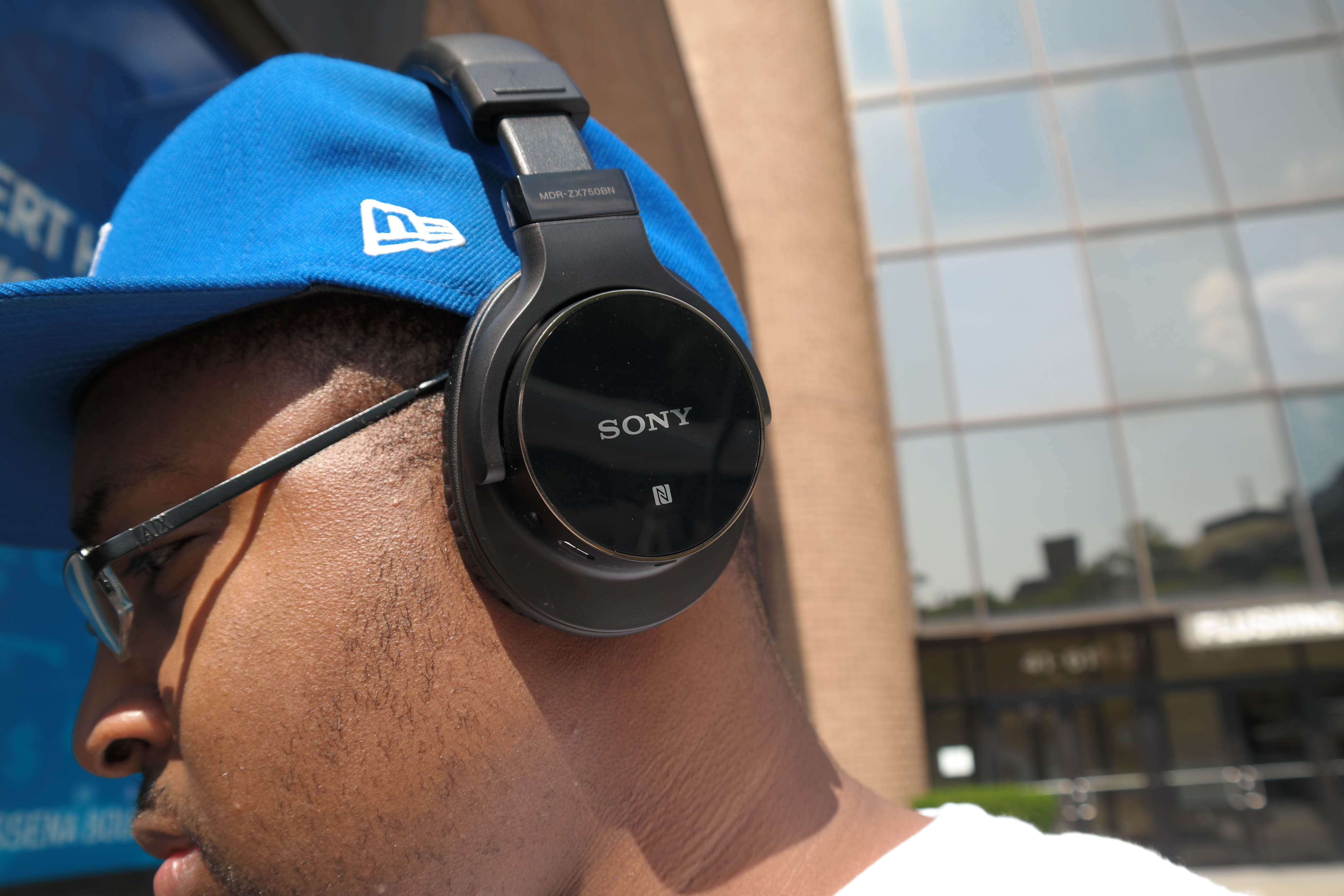Sony MDR-ZX750BN Wireless Headphones : A Lot for Less [Review] – G ...