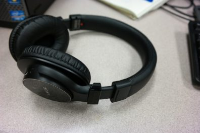 Sony MDRZX750BN wireless headphones 4