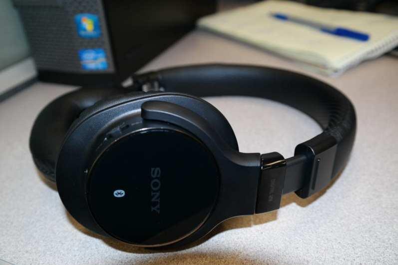 Sony MDRZX750BN wireless headphones 6