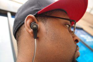 JBL-Synchros-Reflect-BT-Headphones-5