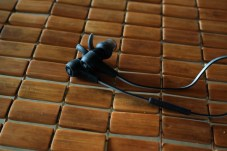 JBL-Synchros-Reflect-BT-Headphones-6