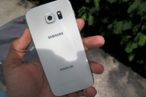 Samsung Galaxy S6 back 2