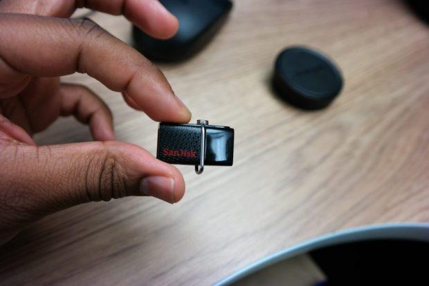 SanDisk-Ultra-Dual-Drive-USB finger