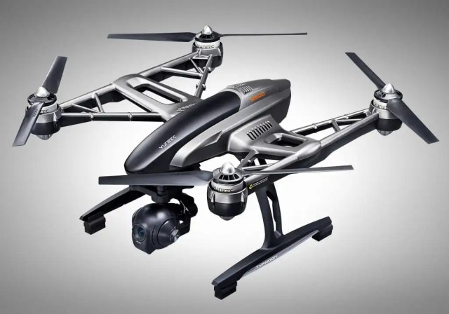 Yuneec-Typhoon-Q500-4K-Drone-angle-Analie-Cruz-top gadgets and gifts holiday