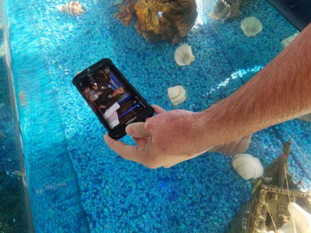 Samsung Galaxy S7 Active (9)