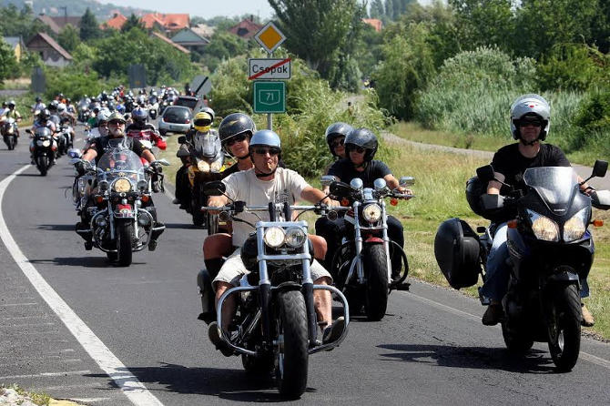 A Harley-Davidson bevette Alsóörsöt
