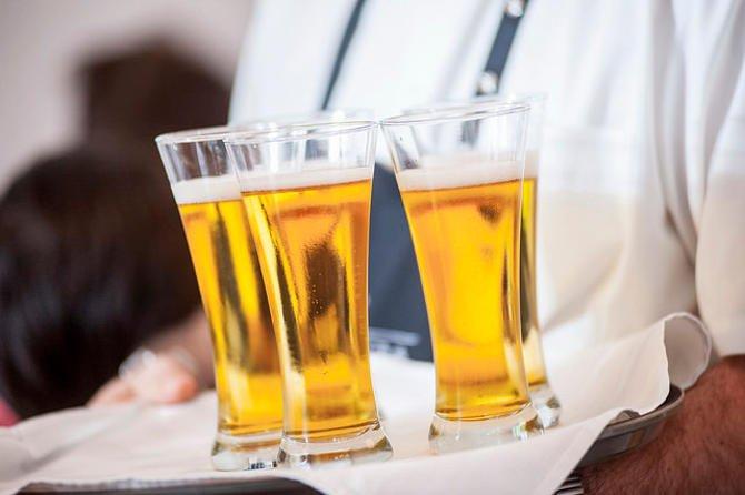 Sör mi több, a sör világnapja