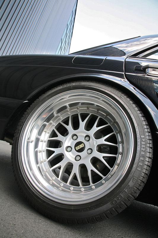 mercedes-560se-inden-4