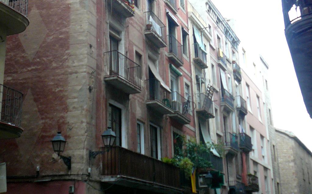 Detalle balcones antes de la rehabilitación