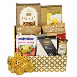 Housewarming gift baskets Mississauga, new home gifts, best gift for housewarming, Canadian food hamper, Mississauga gifts delivery