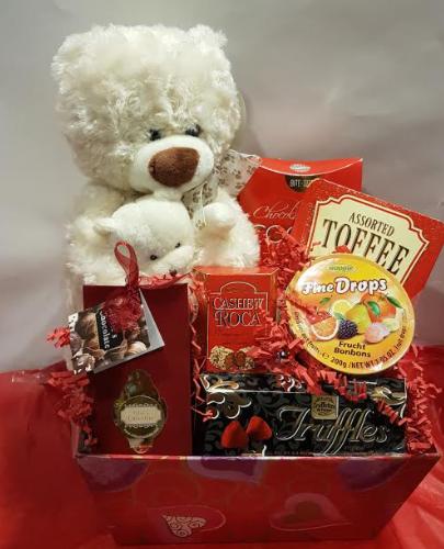 Valentines Basket, Valentines gifts for him, Valentines day gift, food gifts Canada, Valentines gift delivery New Market