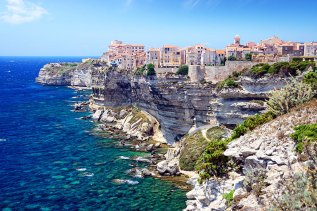 (Image)-image-France-Corse-Falaises-Bonifacio-18-it_44490356-09032017