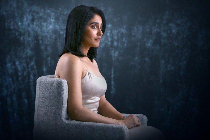 ரெஜினா கசாண்ட்ரா புத்தம்புது புகைப்பட கேலரி