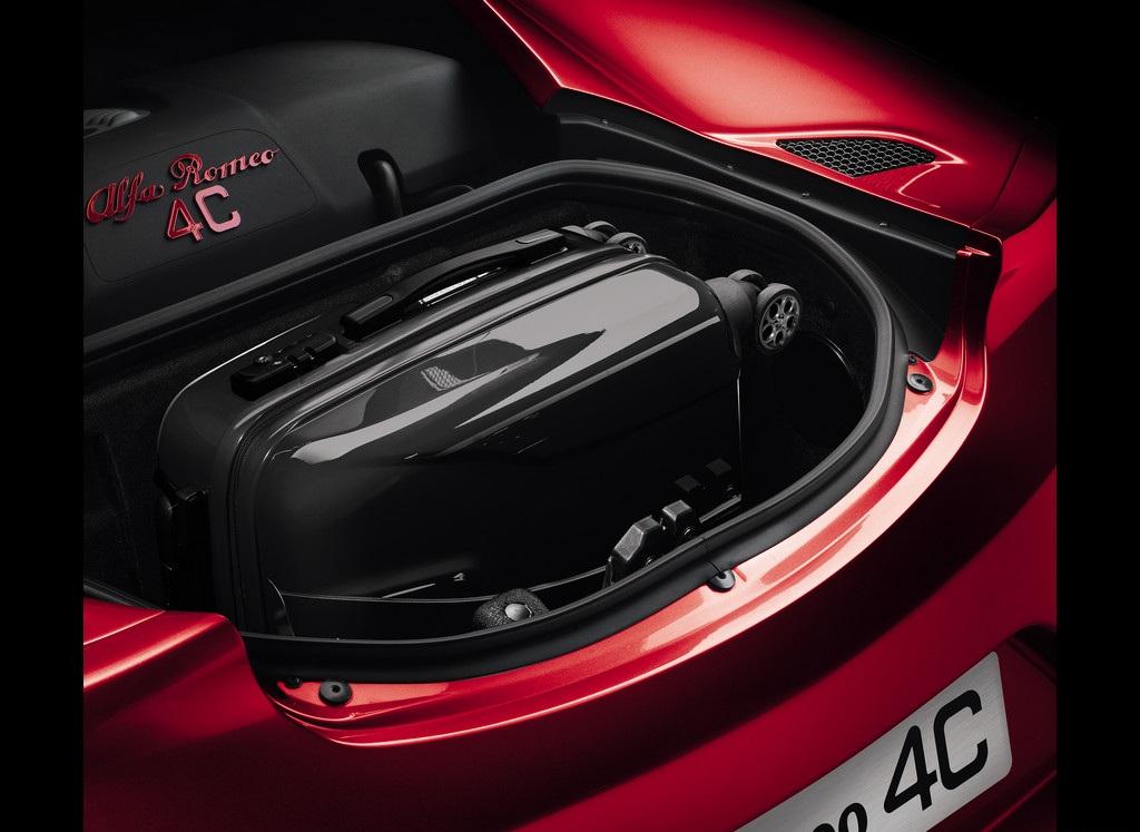 2014 Alfa Romeo 4C Rear Trunk