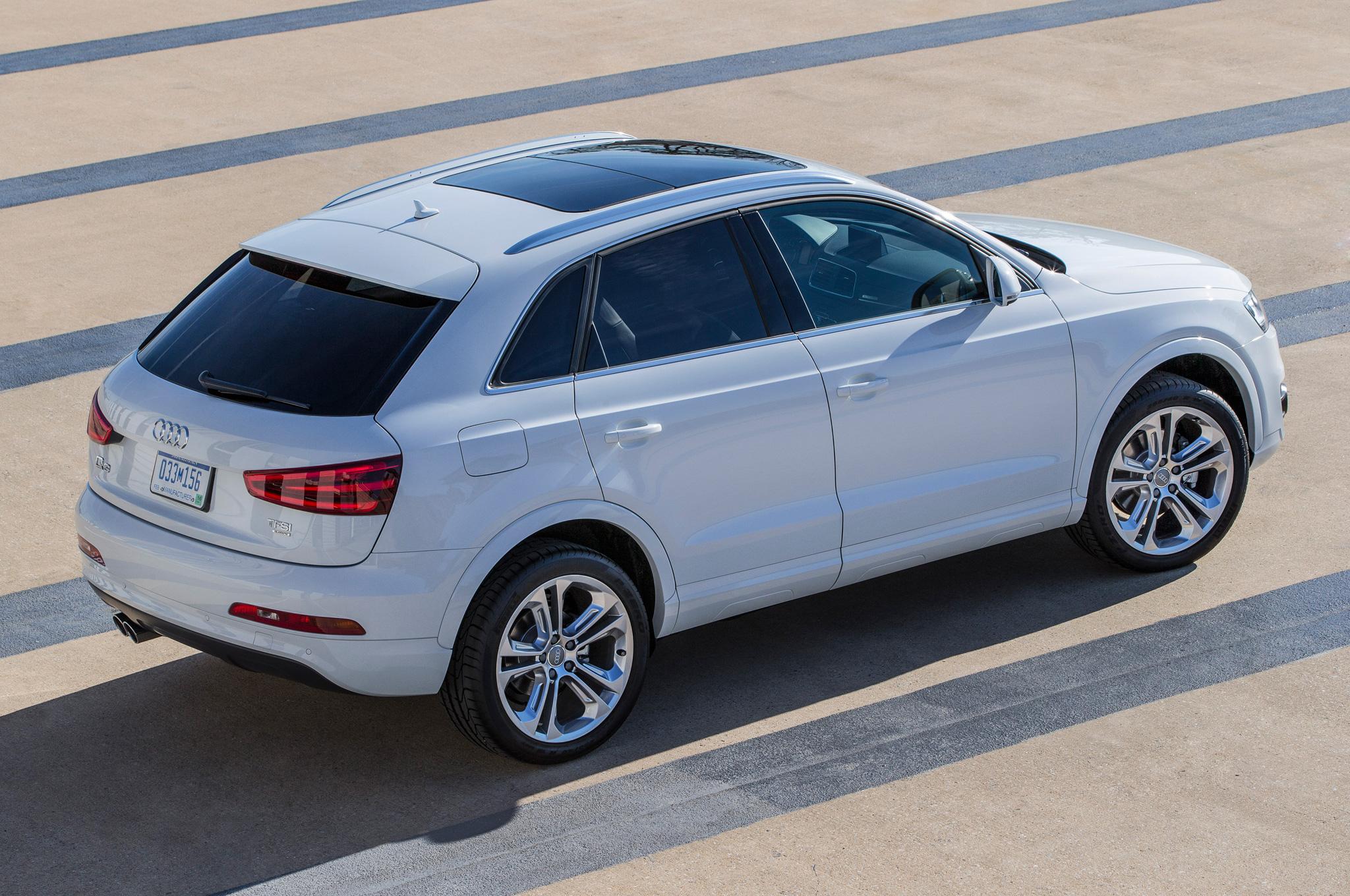 2015 Audi Q3 White Road Test