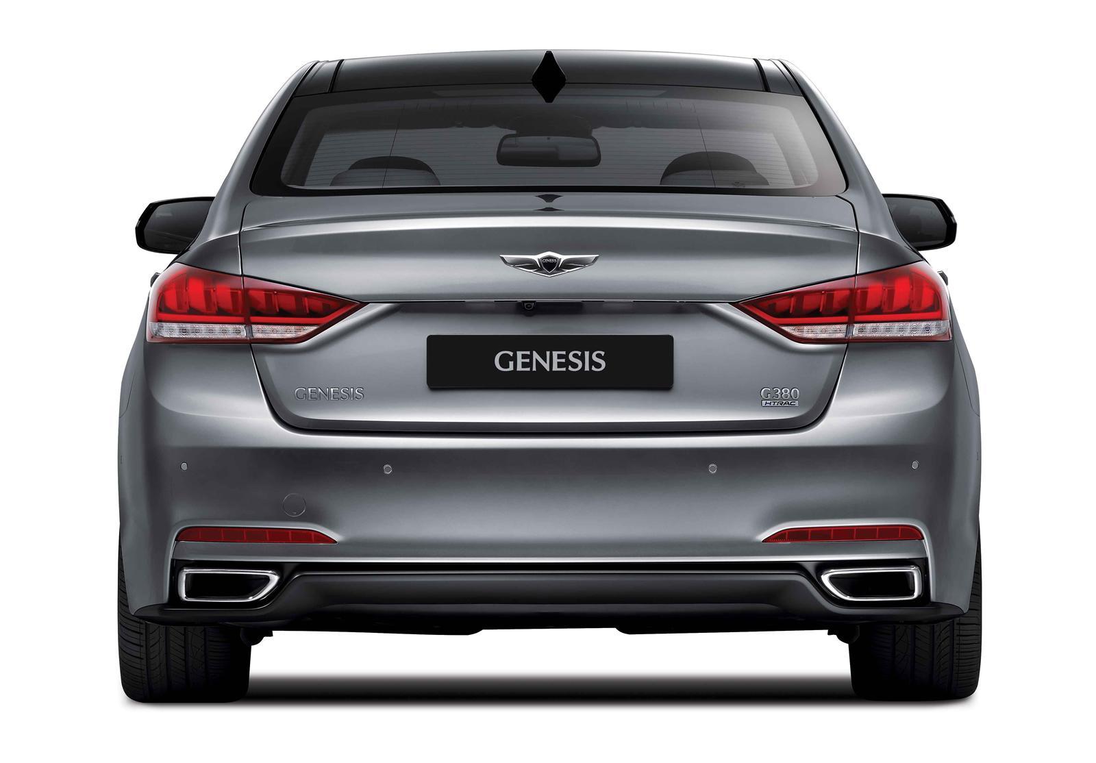 2015 Hyundai Genesis Rear Exterior Design