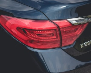 2015 Kia K900 V-8 Exterior Taillight Left