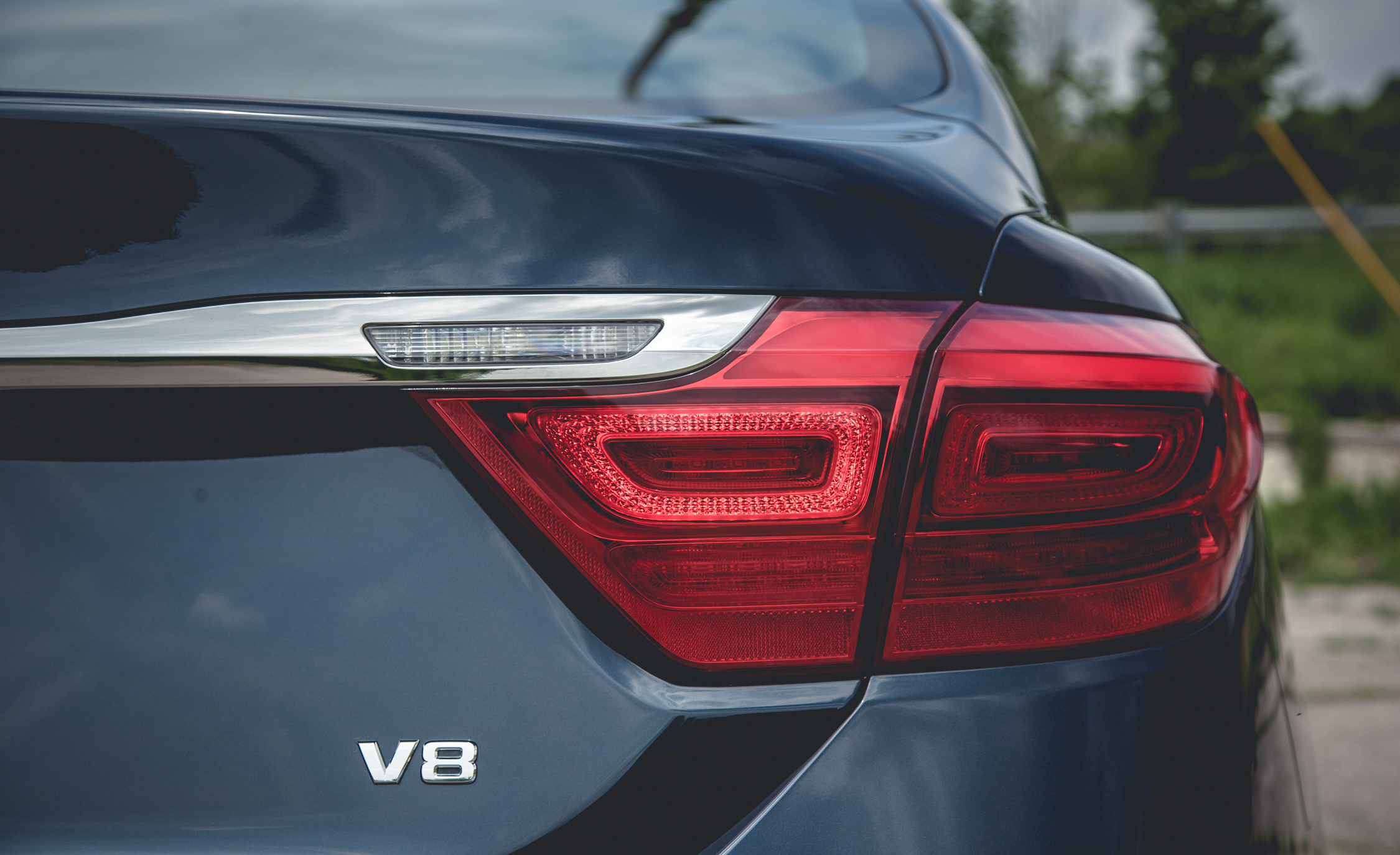 2015 Kia K900 V-8 Exterior Taillight Right