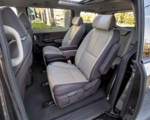 2015 Kia Sedona Middle Seats