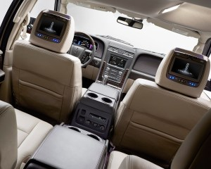 2015 Lincoln Navigator L Interior Second Seats