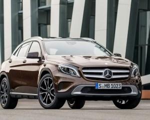 2015 Mercedes-Benz GLA-Class Exterior Profile