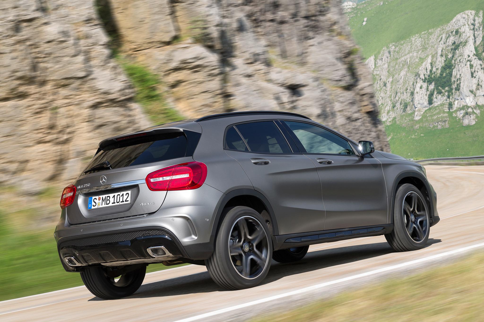 2015 Mercedes-Benz GLA-Class Performance Test