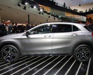 2015 Mercedes-Benz GLA-Class Side End Design