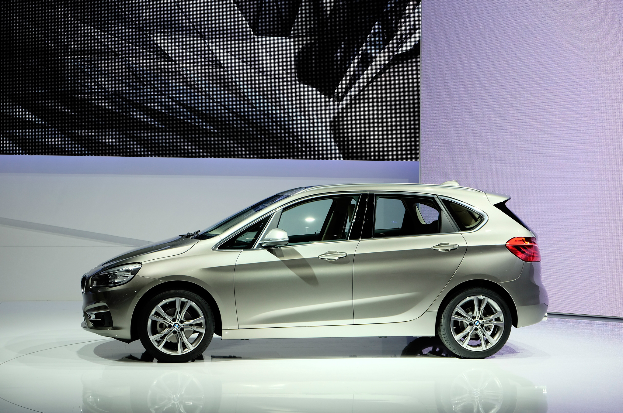 2015 BMW 2 Series Active Tourer 225i Left Side Auto Show