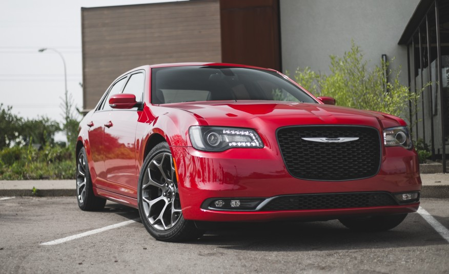 2015 Chrysler 300 Front End Photo