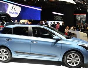 2015 Hyundai i20 Side Preview