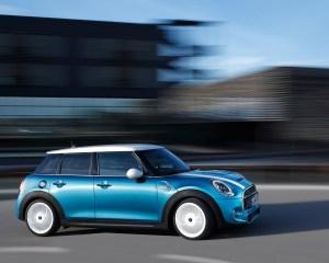 2015 Mini Cooper 5-Door Road Test