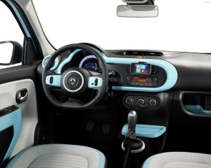 2015 Renault Twingo Dashboard and Heat Unit