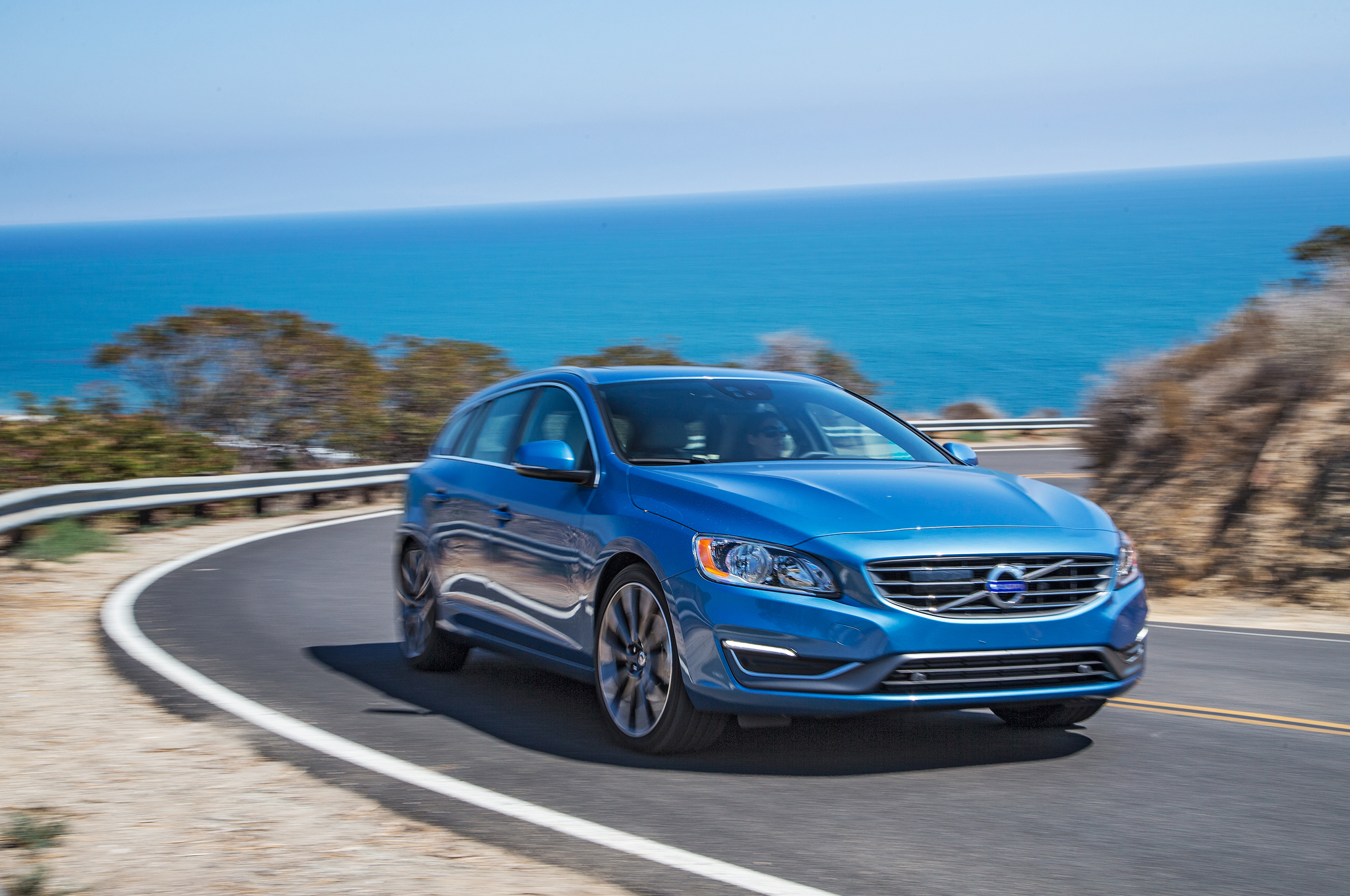 2015 Volvo V60 Performance Test Photo